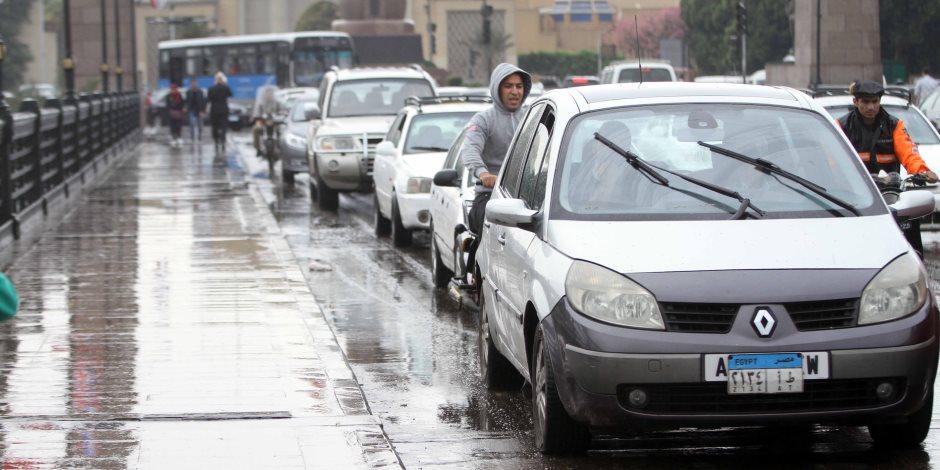 أخبار الطقس.. أمطار وانخفاض الحرارة وعدم استقرار من غدٍ الأربعاء وحتى الجمعة