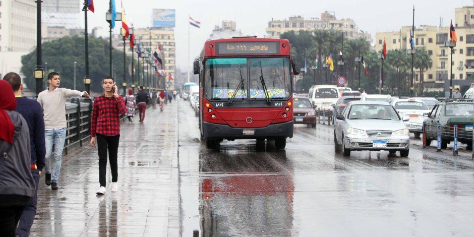 بعد تحذيرات الأرصاد الجوية.. خطة «المرور» لتجنب حوادث الطرق السريعة (صور)