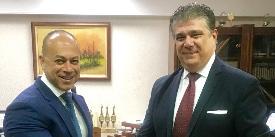 اعلام المصريين توقع بروتوكول تطوير التلفزيون المصري