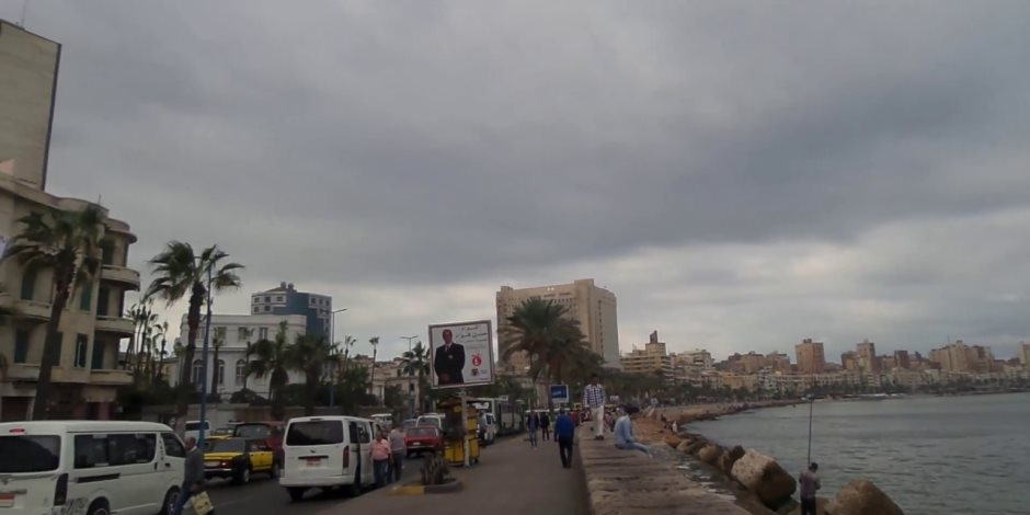 رئيس «حماية الشواطئ» عن هبوط كورنيش المنشية بالإسكندرية: ما حدث كان طارئا