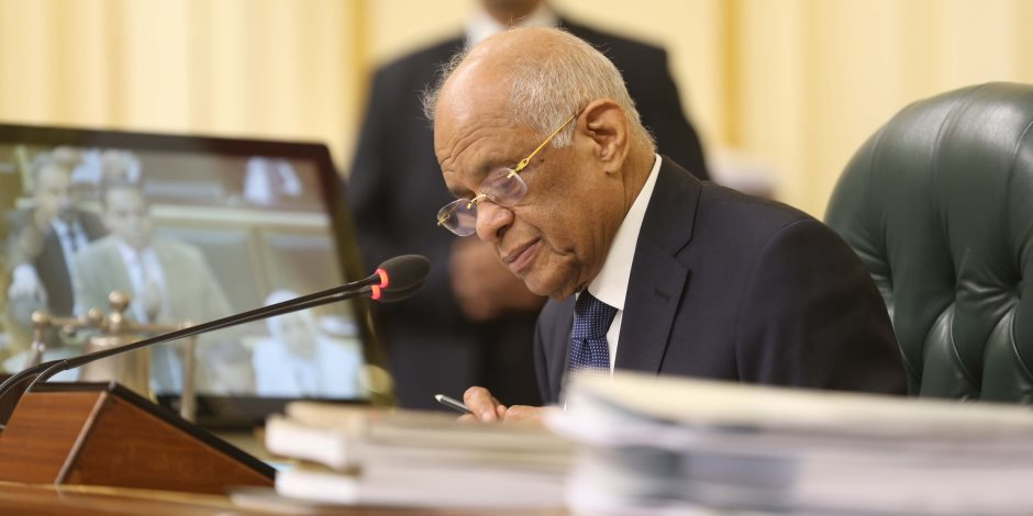 4 مشروعات قوانين و49 اقتراحا «خارج الصندوق» يناقشها البرلمان قبل الإجازة