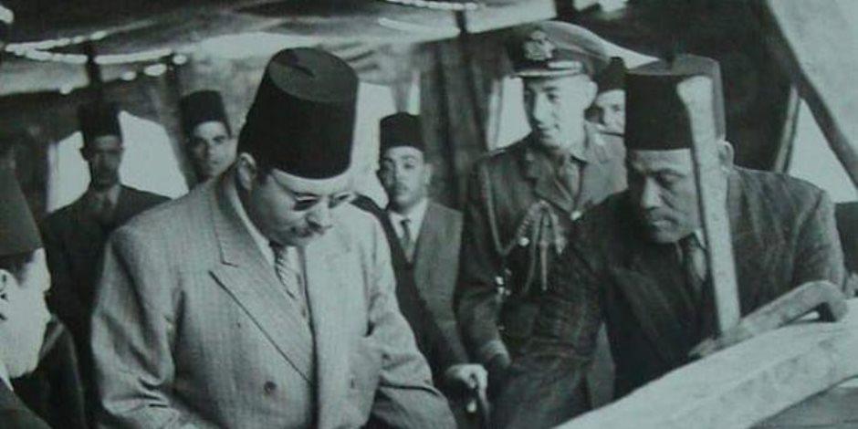 قصة صورة من 73 سنة.. عندما شيد الملك فارق أكبر سد في العالم