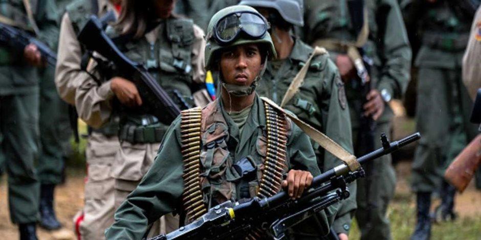 تطورات جديدة في أزمة فنزويلا.. ماذا قال عقيد جيش منشق عن شرعية مادورو؟