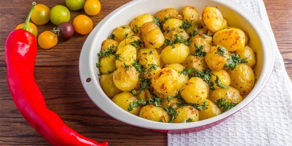 سلطة بطاطس وباذنجان.. منيو سحور 7 يوم رمضان