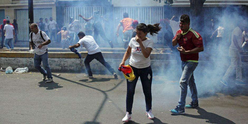 العالم في صور.. فنزويلا مشعلة وقتلى جدد والأمير هارى في المغرب