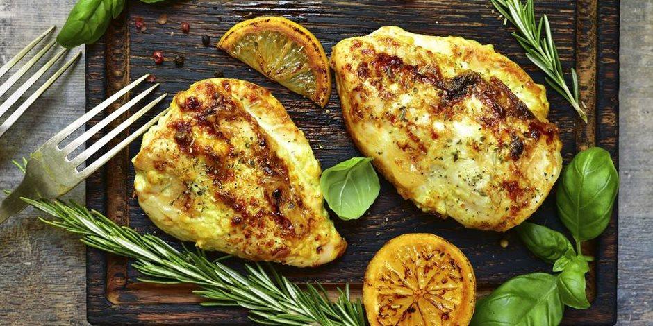 وصفة عمل وجبة الدجاج بالليمون والروزماري