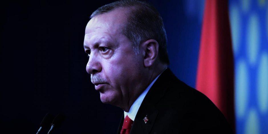 أردوغان خربها وقعد على تلها.. الليرة التركية تتراجع لأدنى مستوى
