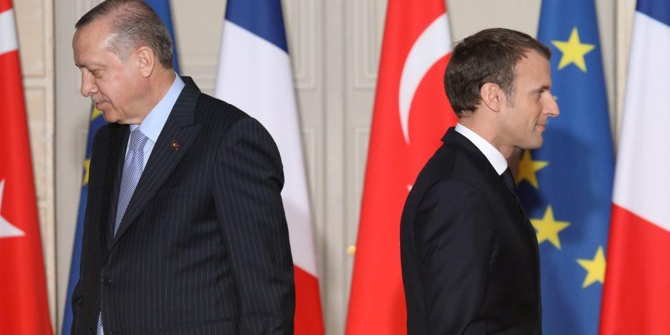 بعد اعتراض تركيا سفينة فرنسية .. باريس تعلق مشاركتها في حلف الناتو وتوجه تحذير بشأن ليبيا