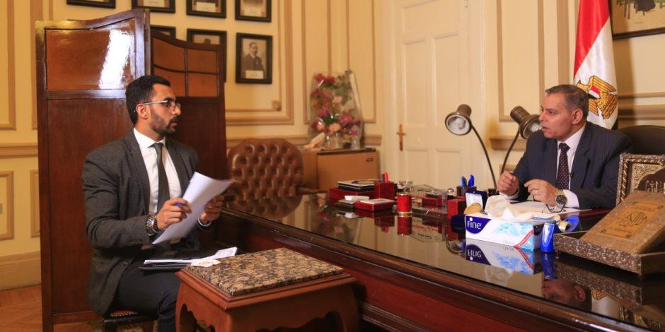 عميد حقوق القاهرة: كل مواد الدستور «قابلة للتعديل».. ولا شيء فوق إرادة الشعب (فيديو)