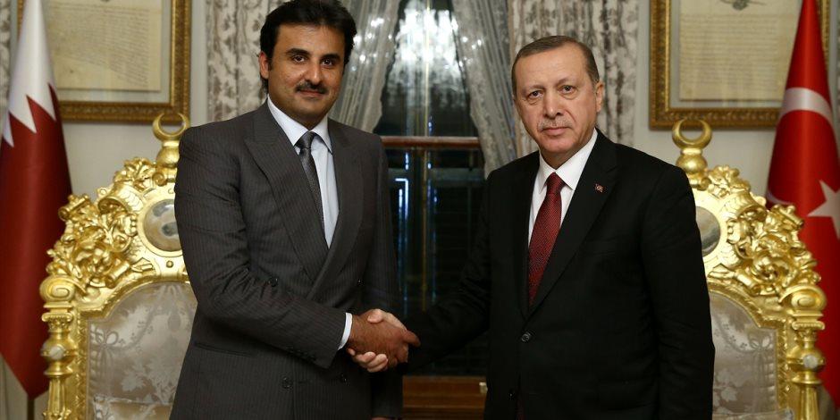 الخائن.. تميم يبارك الاحتلال التركي للأراضي السورية ويدعم قتل المدنيين