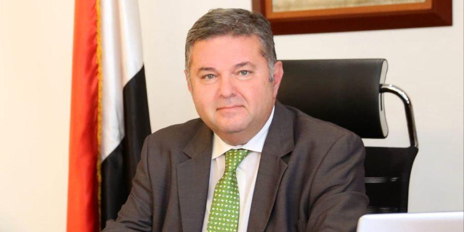 وزير قطاع الأعمال: تدشين خطوط ملاحية جديدة للتحكم فى حركة التجارة بمصر