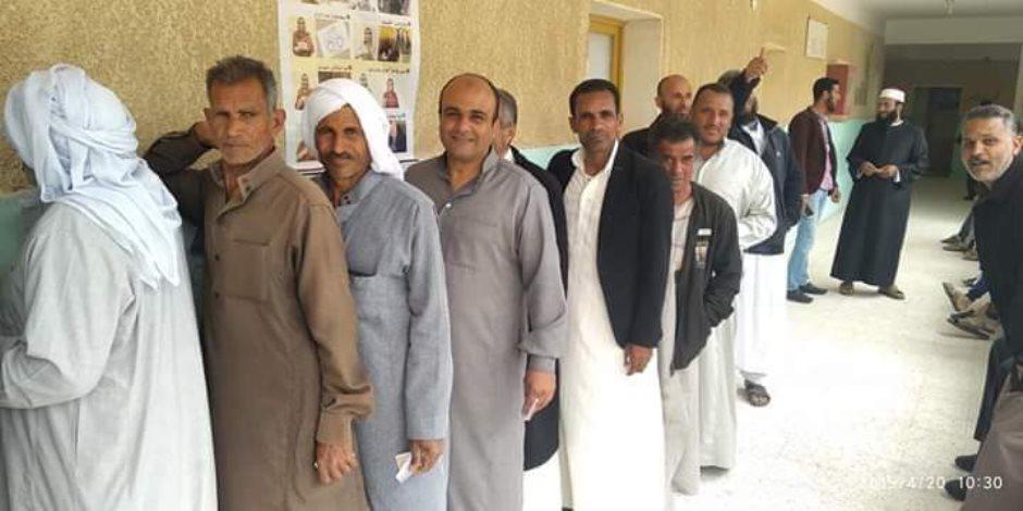 أهالي وقبائل بئر العبد قالوا كلمتهم في لجان الاستفتاء: «عملنا الصح»  (صور)