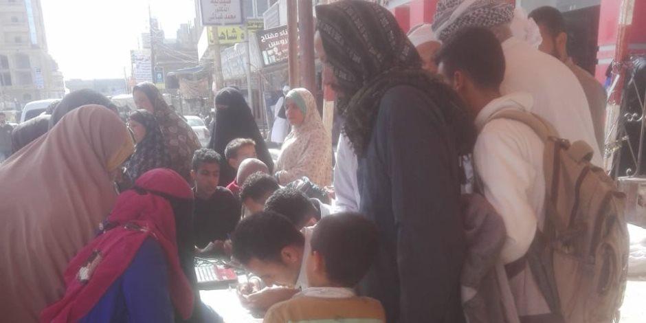 إقبال كثيف من الناخبين بالعامرية في أول أيام الاستفتاء على التعديلات الدستورية (صور)