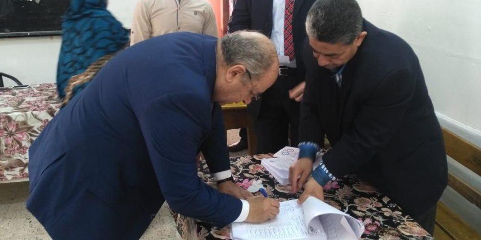 رئيس مجلس الدولة يدلي بصوته في الاستفتاء على التعديلات الدستورية (صور)