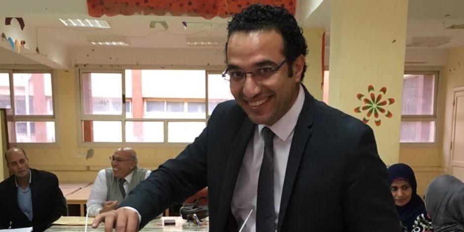 رئيس جهاز حماية المستهلك ومعاون وزير التموين يشاركان في اﻻستفتاء على الدستور