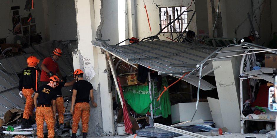 قوته 6.3 ريختر.. الزلازل تهز الفلبين وتخلف القتلى والمصابين (صور)