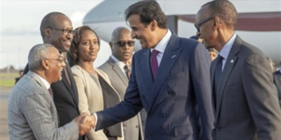 مفجر ساحل العاج ومطلوب في موريتانيا.. من هو الإرهابي الذي صافحه تميم؟
