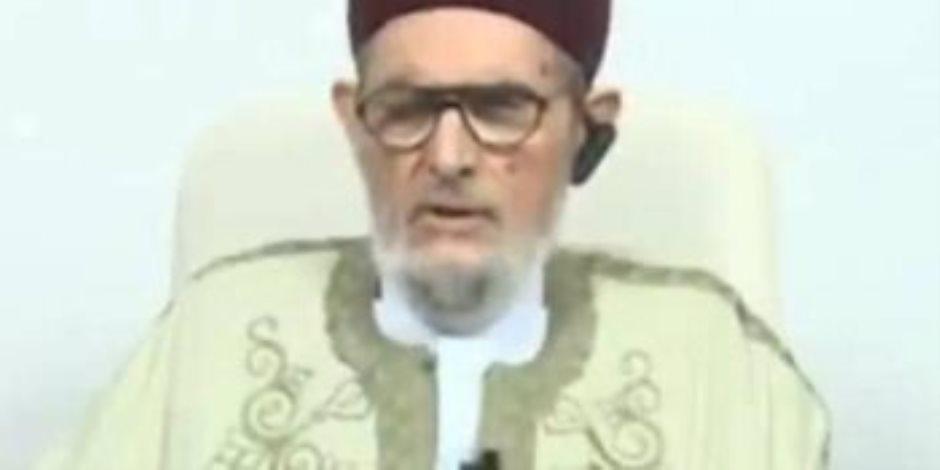الصادق الغرياني.. مفتى الدم في حضن أردوغان (فيديو)