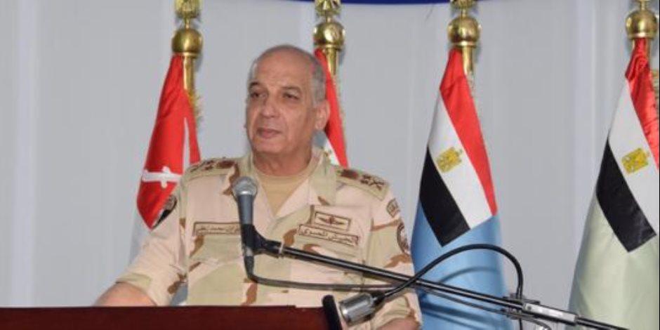 وزير الدفاع لقوات الصاعقة: ستظل مصر الكتلة الصلبة التي تحفظ أمن واستقرار المنطقة