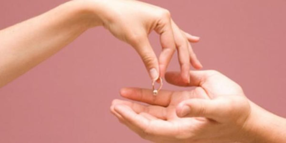 علاقة الانفصال الزوجي بـ«الإصابة بالخرف»