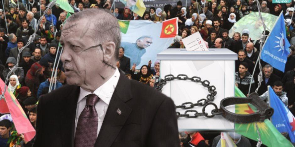 كارثة تعليمية في تركيا: مناهج أردوغان الدراسية تؤيد داعش.. وتصف أهل الكتاب بـ «الكفرة»