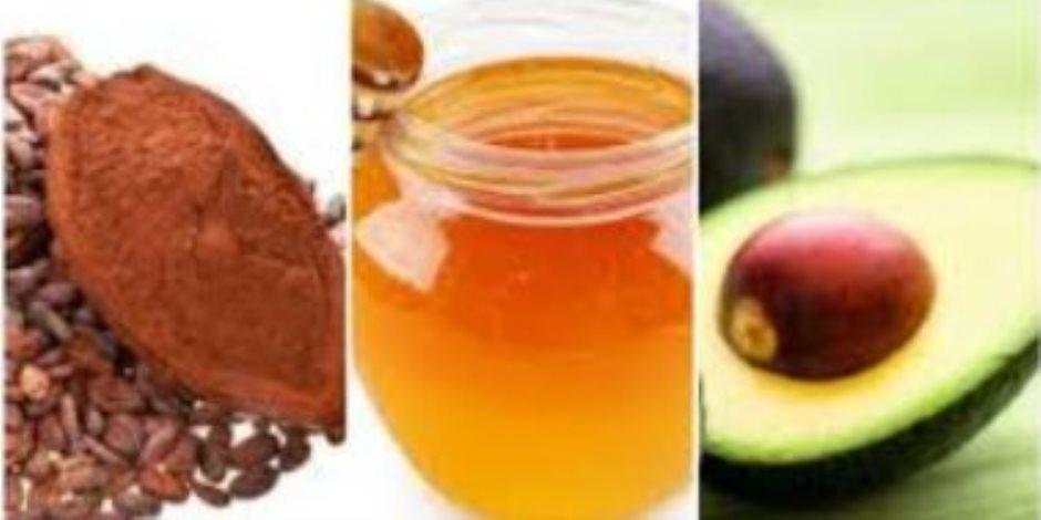 كيف تعدي ماسك طبيعي من الأفوكادو والكاكاو للتخلص من التهابات البشرة؟