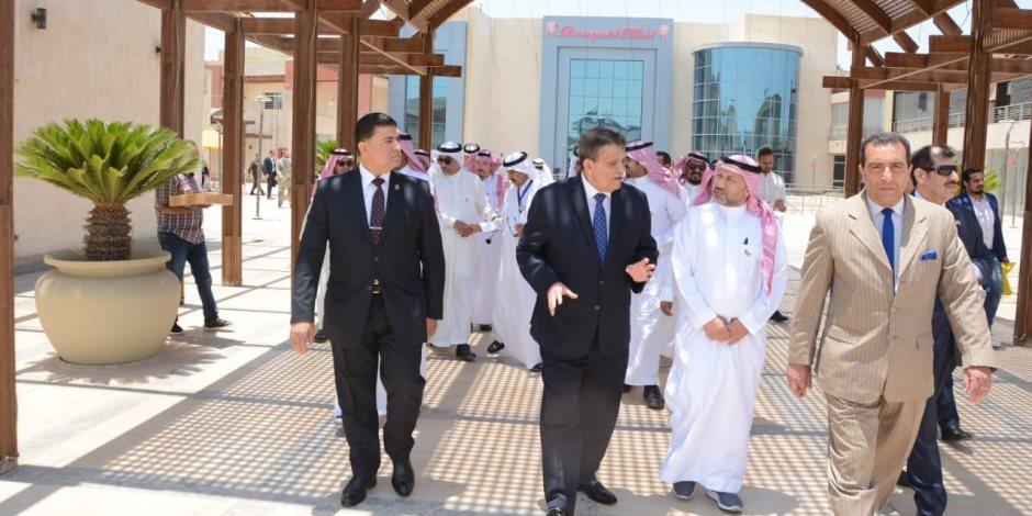 خلال لقاءه بالوفد السعودي..رئيس شركة العاصمة الإدارية إنتهاء البنية التحتية نهاية العام الجاري