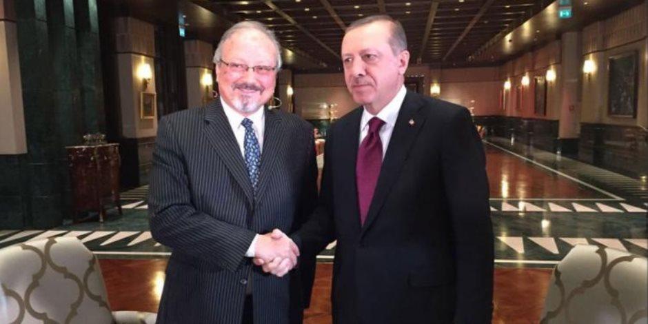 إعلامي لبناني يتهم القائمين على «تقرير خاشقجي» بعلاقات مشبوهة مع نظام «أردوغان»