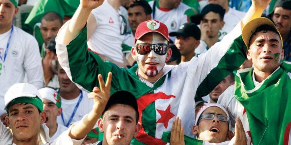 الجزائريون يمنون النفس .. 3000 شاشة عملاقة ببلد المليون شهيد لمتابعة نهائى أمم أفريقيا