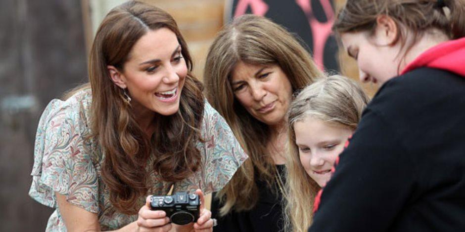 جولة في صحف العالم.. ملكة بريطانيا تستضيف حفل استقبال ديني بقصر باكنجهام (صور)