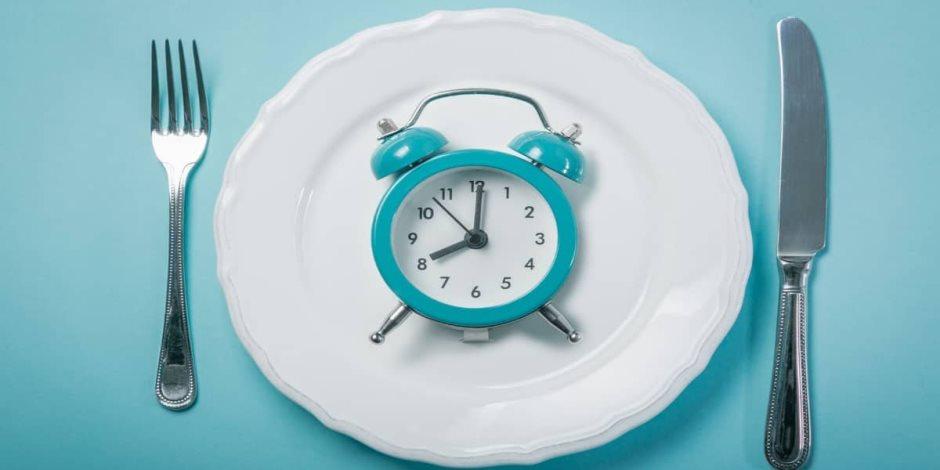 طرق مختلفة للصيام المتقطع لضمان فقدان الدهون