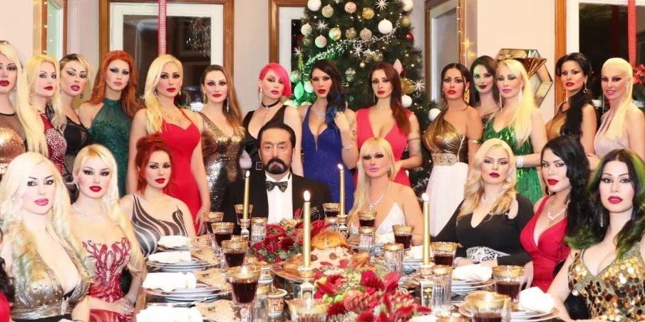 فنانات الإغراء يعترفن.. قصة محاكمة الداعية التركي في 4 آلاف صفحة