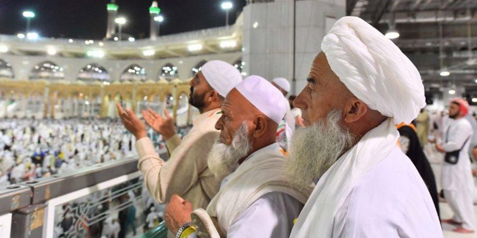 """السعودية تقيس """"رضا الحجاج"""" عن الخدمات.. وأجواء روحانية تسيطر على ضيوف الرحمن"""