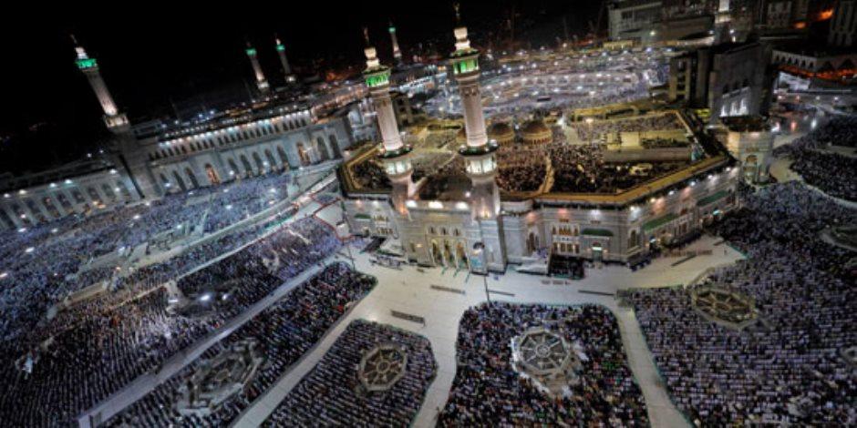 جولة في صحف العالم.. ملايين الحجاج يؤدون الصلاة بالمسجد الحرام (صور)