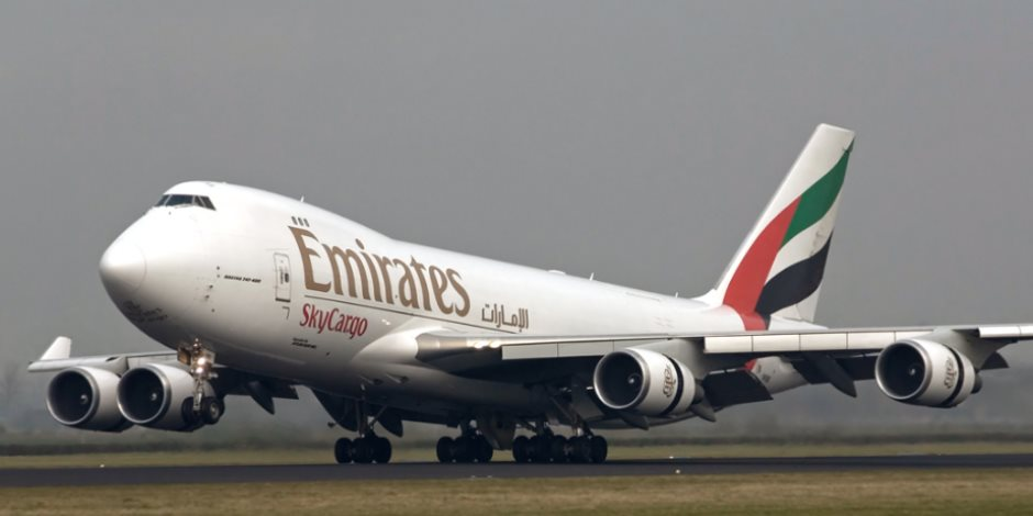 الإمارات ترفع قيود الدخول المفروضة على المقيمين الأجانب بسبب كورونا