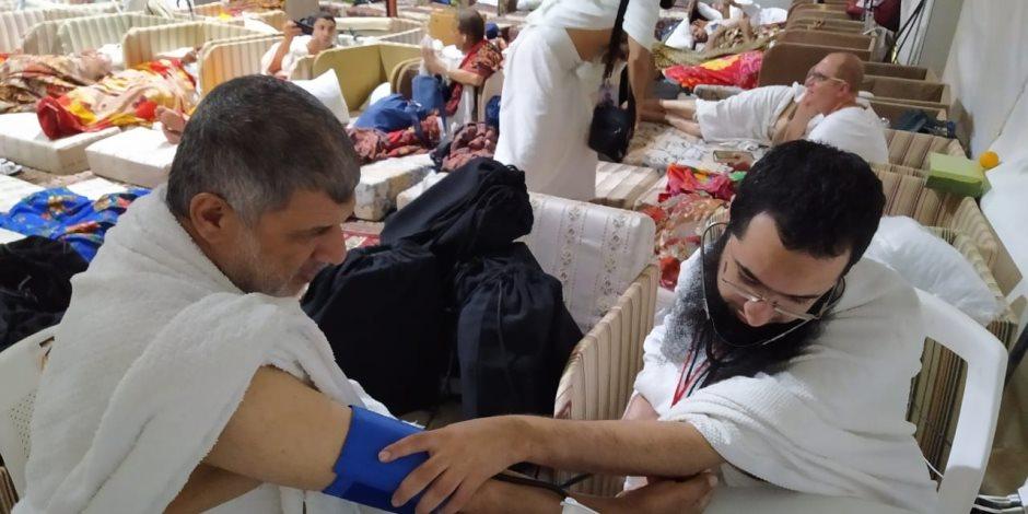 """الصحة: """"البعثة الطبية للحج"""" ترعى المرضي بـ3 مستشفيات بعرفات.. عيادات ثابتة ومتحركة (صور)"""