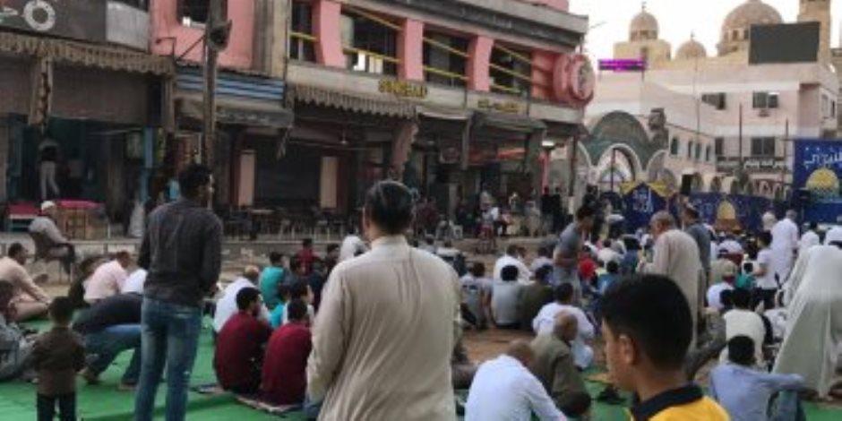 آلاف المواطنين يؤدون صلاة عيد الأضحى في الأزهر والحسين