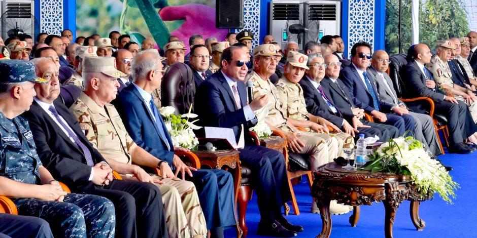 """السيسي للواء محمد عبد الحي: """"مرتبك كام"""".. والأخير يرد: 14200 جنيه"""