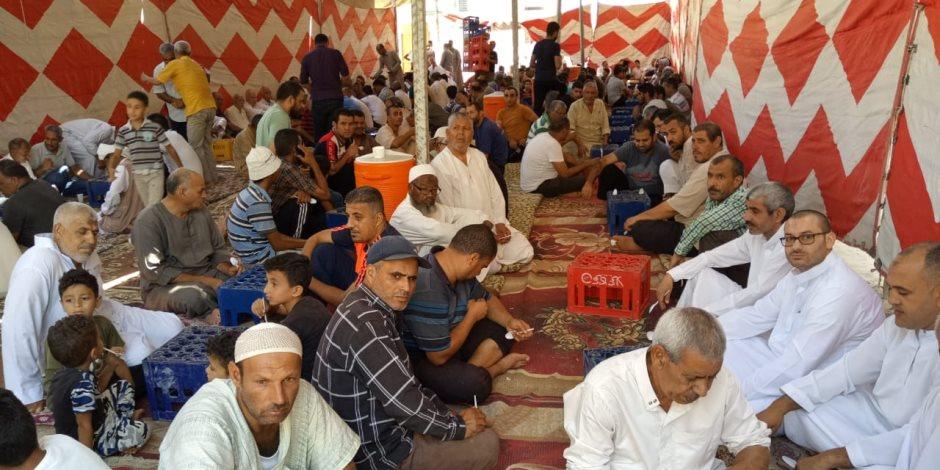 أهالي شمال سيناء يستقبلون الحجاج بالولائم (صور وفيديو)