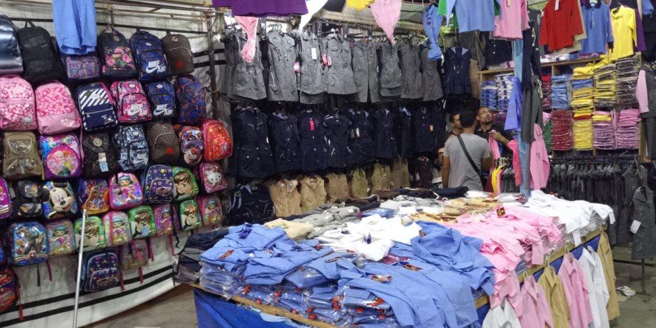 الغرفة التجارية بشمال سيناء تنهي استعدادات افتتاح معرض العودة للمدارس بالعريش (صور)