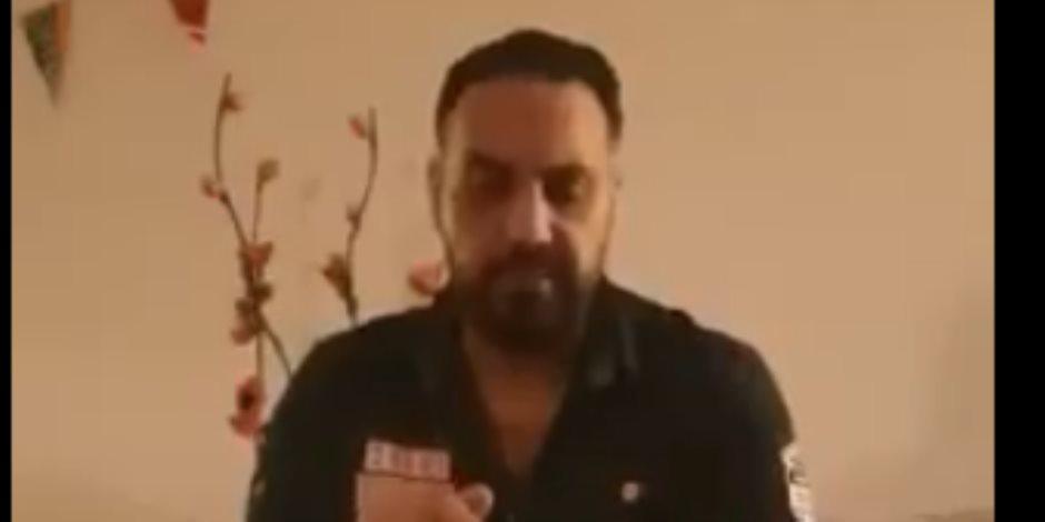 شقيق محمد علي يفضحه: «كلمنى عن فلوس أخوك الميت اللى هربت بيها والنضال مع النسوان في مارينا» (فيديو)