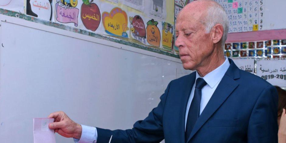 قبل أيام من جولة الإعادة.. ماذا حدث في أول مناظرة بين المرشحين لرئاسة تونس؟