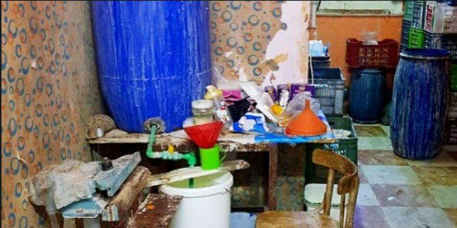 في مصانع بير السلم.. المنظفات المغشوشة شبح يداهم «الصحة العامة»