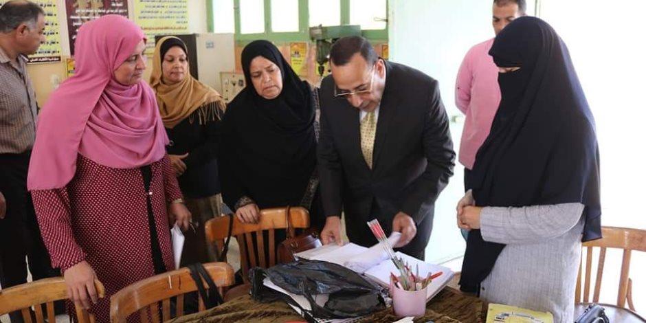 «تحيا مصر» تهز أرجاء سيناء في أول أيام العام الدراسي.. انتظام الدراسة وتكليفات هامة (صور)