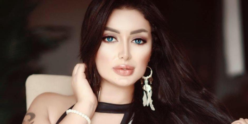 """هبة الزياد تستعد لتقديم برنامج """"توك شو"""" عن المرأة فى قناة المحور"""