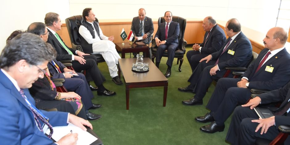 رئيس وزراء باكستان يشيد بالنموذج المصري في تمويل بعض المشروعات القومية الكبرى من التبرعات الشعبية