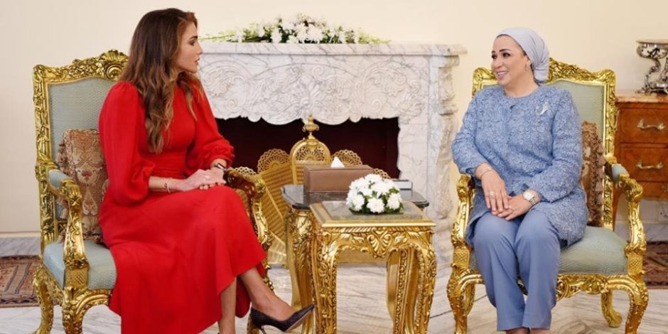 انتصار السيسي: سعدت بلقاء الملكة رانيا في بلدها الثاني (صور)