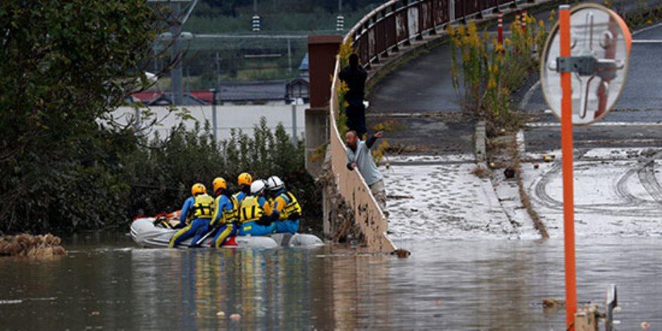 جولة في صحف العالم.. ارتفاع ضحايا إعصار «هاجيبيس» في اليابان