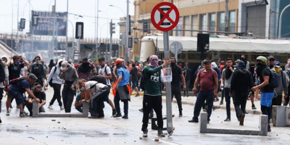 العالم هذا الصباح: الفوضى والتظاهرات في بوليفيا وتشيلي.. والجميلات يتألقن بكندا للتزلج