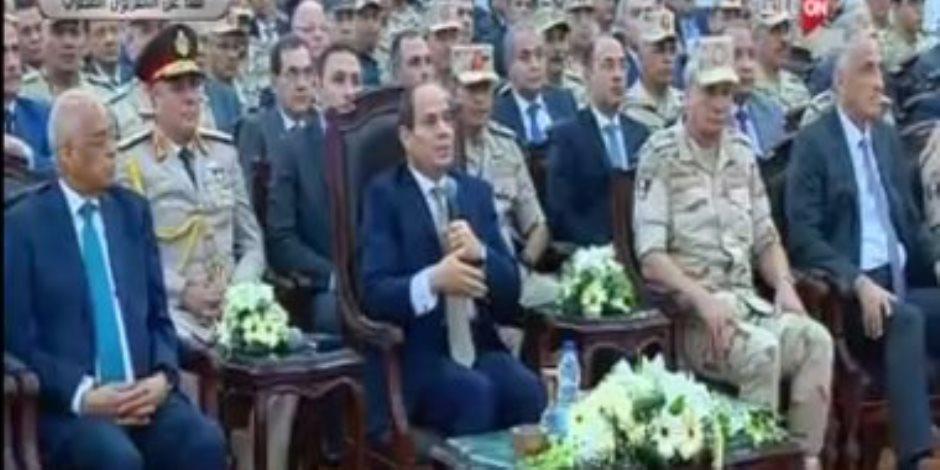 السيسي: المصريون واعيون للشائعات.. وعلى الإعلام دور كبير
